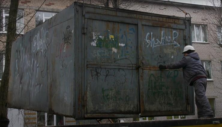 В Ленинском районе Астрахани вывезут 132 незаконно установленных гаража: список адресов