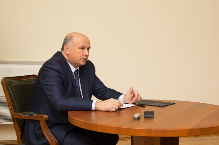 В Астрахани разбираются с «наследием» Радика Харисова