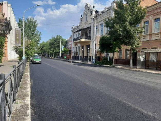 На улице Ленина продолжается ремонт дороги на средства нацпроекта