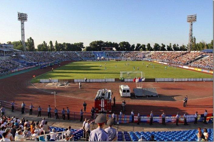 Центральный стадион Астрахани может обрести новое имя