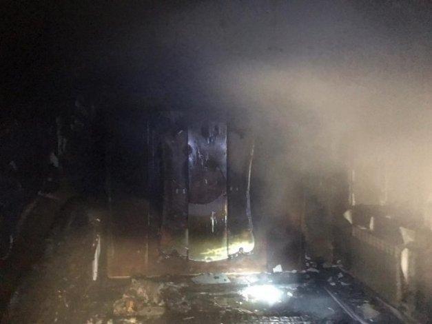 Астраханские пожарные спасли из огня 10 человек