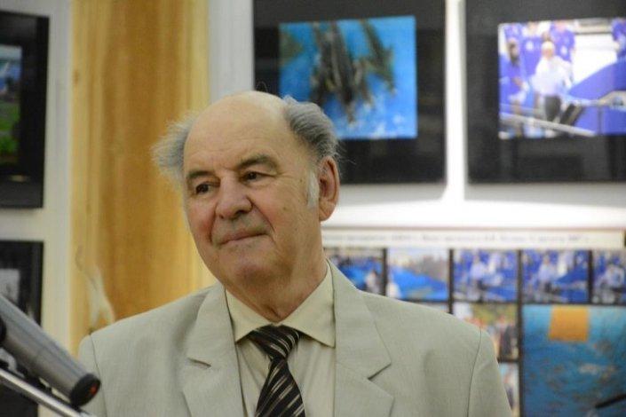 Астраханцев приглашают на юбилейную фотовыставку Виталия Лоянича