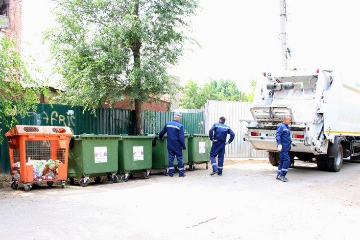 Мест с раздельным сбором отходов в Астрахани становится больше