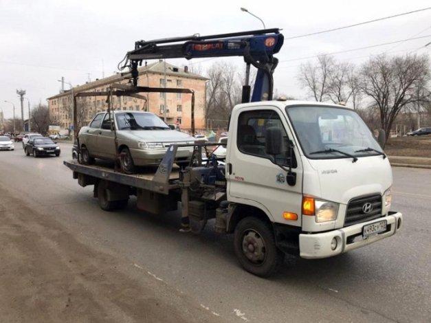 Астраханец выплачивал чужие штрафы и налоги