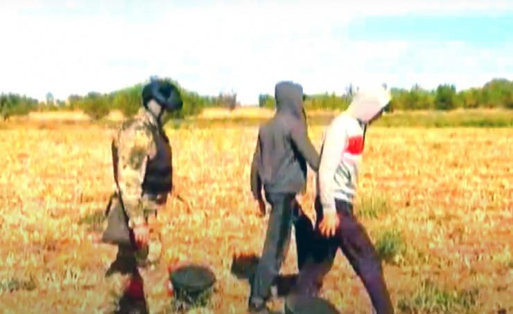 Задержание астраханской полицией гастарбайтеров из Узбекистана попало на видео