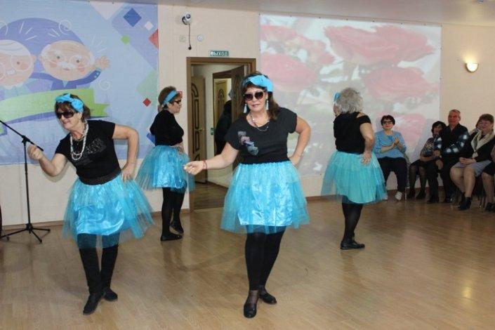 Астраханские пенсионеры будут танцевать по удалёнке
