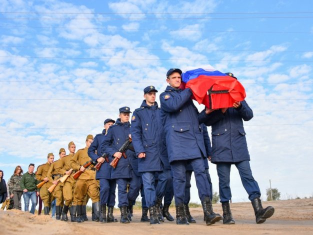В Астраханской области похоронен ранее пропавший без вести на войне солдат
