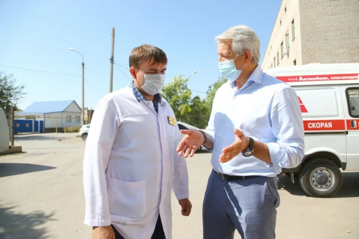 Депутат Леонид Огуль поработал в Ахтубинске