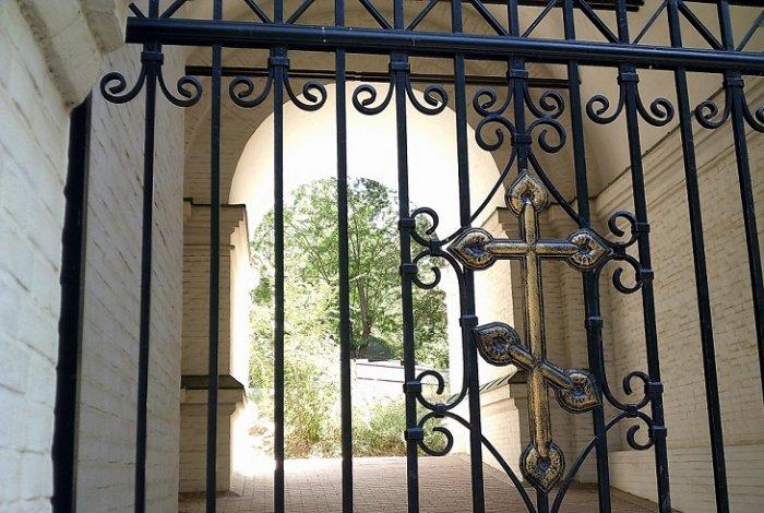 Новодевичий монастырь в Астрахани необходимо вернуть РПЦ