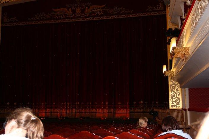 Астраханский театр оперы и балета открывает Большой зал досрочно