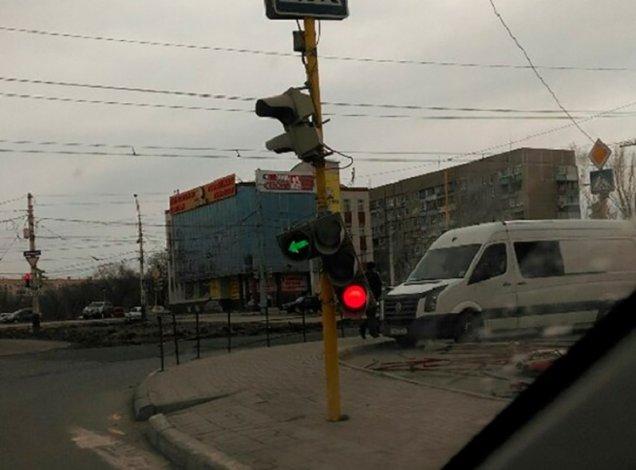 На Астрахань идут ветра, дожди и заморозки