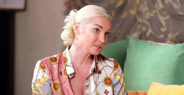 Волочкова успешно продает свои квартиры в Астрахани