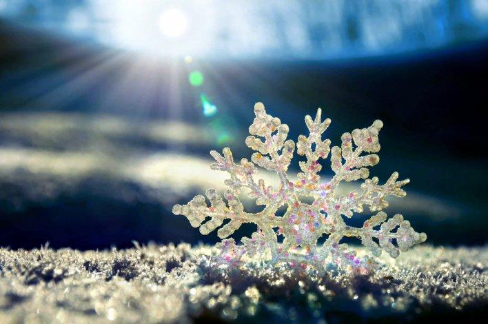 Астрахань накрыло снегом