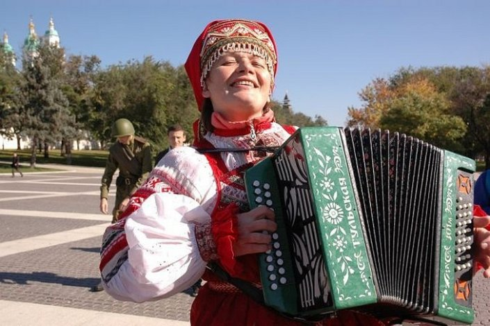 Астраханцы отмечают День народного единства