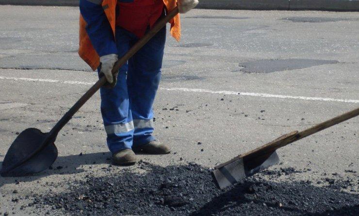 Улицу 1-я Перевозная в Астрахани отремонтируют за 50 млн рублей