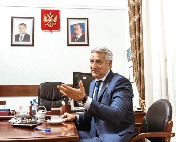 Экономия казне и лекарства орфанным больным: о важной инициативе депутата ГД Леонида Огуля