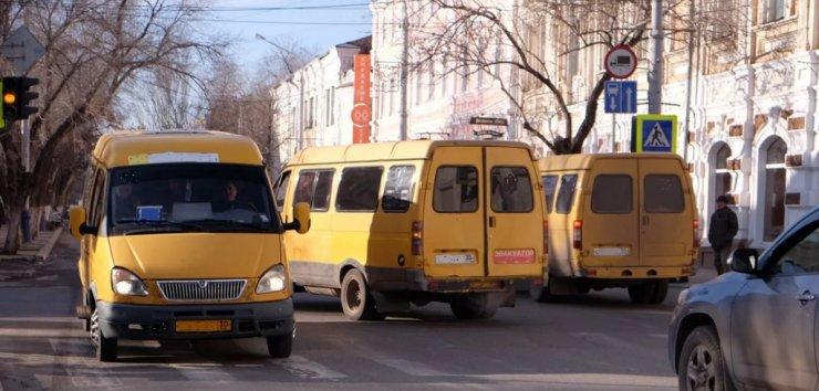 Качеством работы общественного транспорта озабочены власти Астрахани