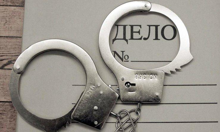 Астраханского чиновника поймали на служебном подлоге