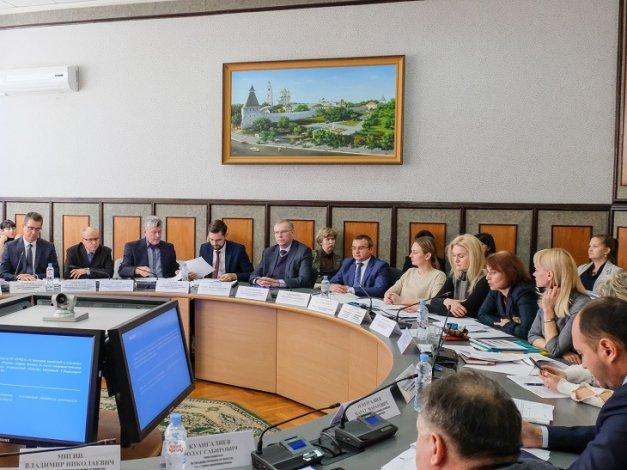 Дума продолжит согласовывать ключевые посты в правительстве региона