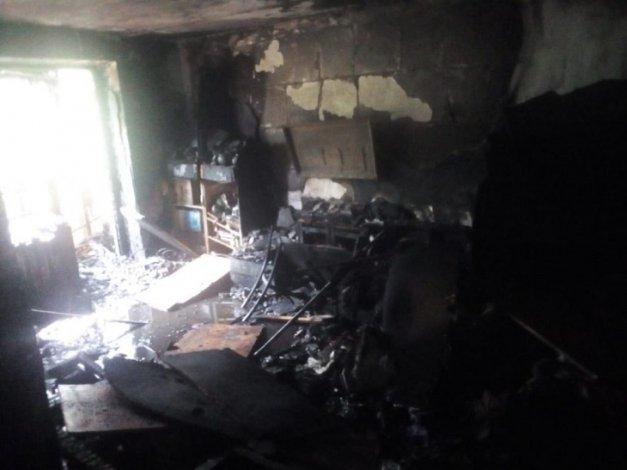 В астраханском спальном районе сгорела квартира
