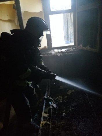 Из горящей квартиры спасены семеро астраханцев