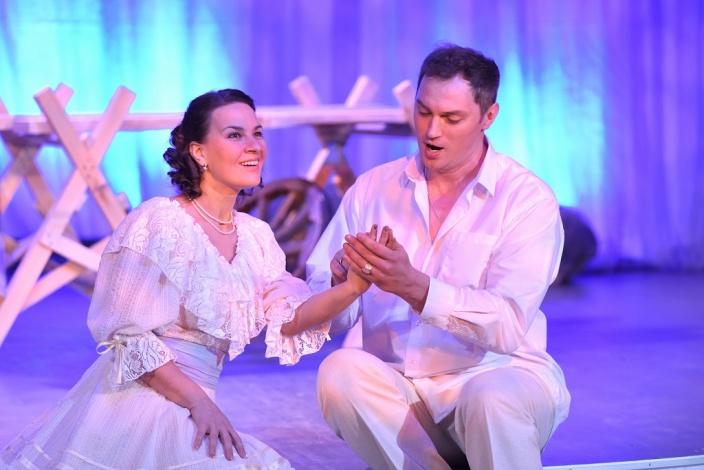 Солисты Астраханского театра Оперы и Балета приняли участие в благотворительном проекте «Мы вместе!»