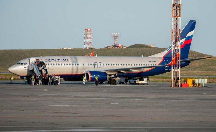 В аэропорту Астрахани искали бомбу в самолете