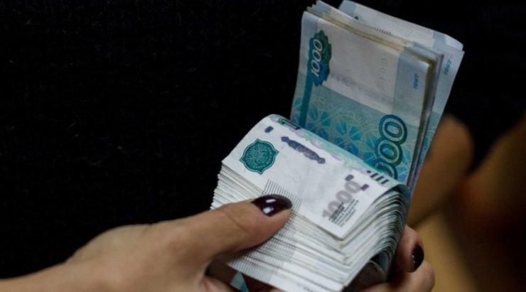 Обманувшая астраханцев на 16 млн рублей мошенница отправилась в колонию