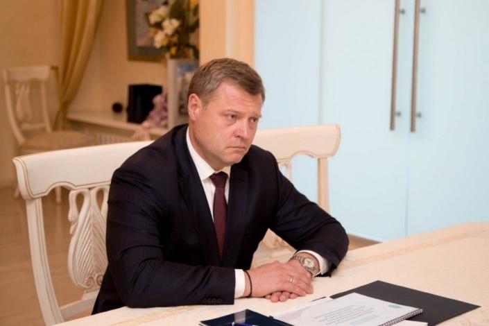 Астраханский губернатор дал интервью федеральному СМИ