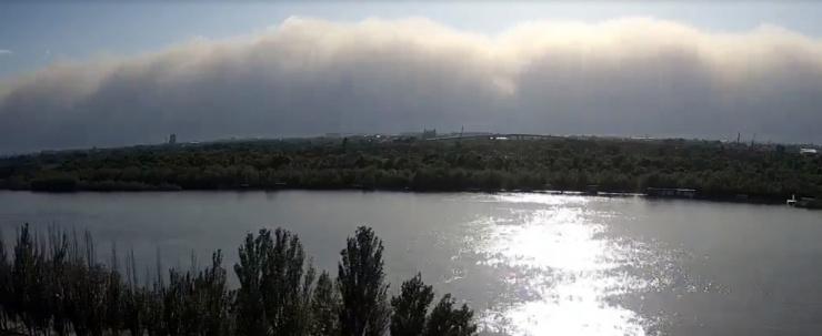 МЧС не посчитало пыльную бурю в Астрахани «чрезвычайной ситуацией»