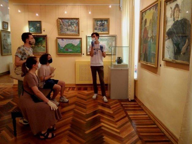 Астраханцы устремились в музеи