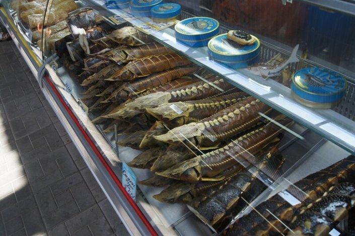 Астраханскую банду торговцев рыбными деликатесами ждёт суд