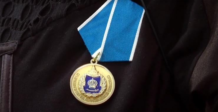 Астраханский губернатор наградил Кабикеева