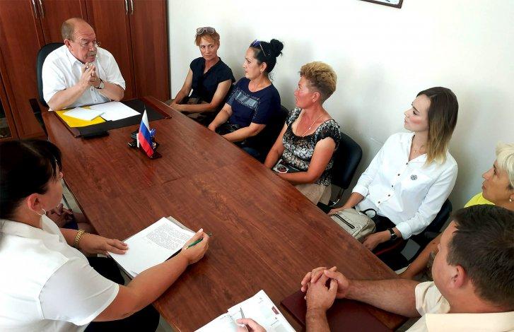 Реальная забота – не политические спекуляции: Геннадий Орденов помог работникам «ГК АТК 21»