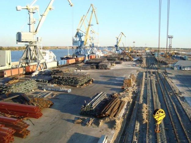 «Гринпис» выступил против расширения астраханского порта