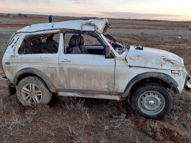 Под Астраханью в ДТП серьёзно пострадали трое мужчин