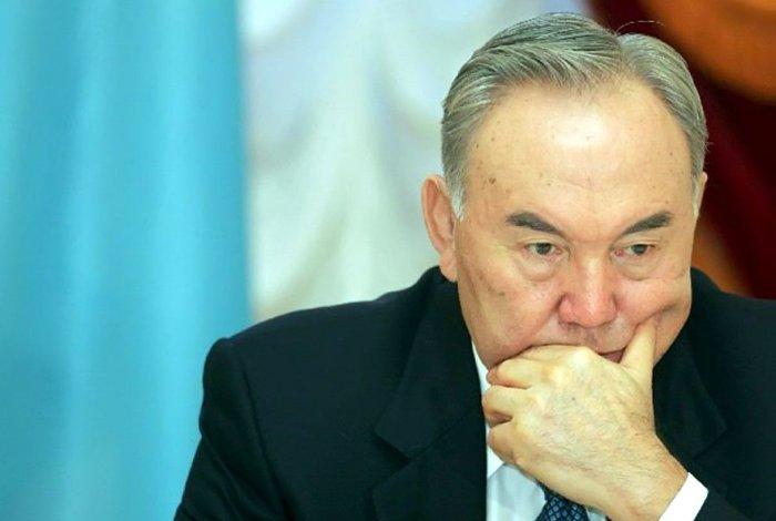 В Казахстане решили бороться с коронавирусом всем миром