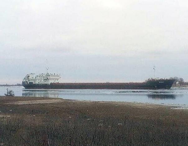 Севший на мель под Астраханью иранский сухогруз спасен