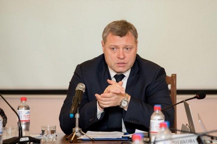 Астраханская область главенствует в рейтинге по рассмотрению обращений граждан