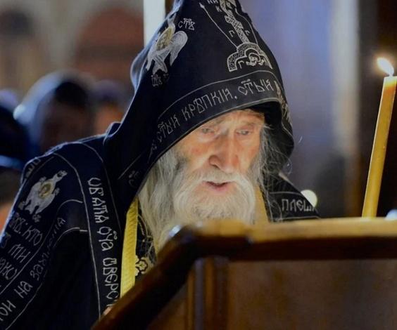 Духовник Святейшего Патриарха Кирилла дополнил программу пребывания в Астрахани ещё одним добрым делом