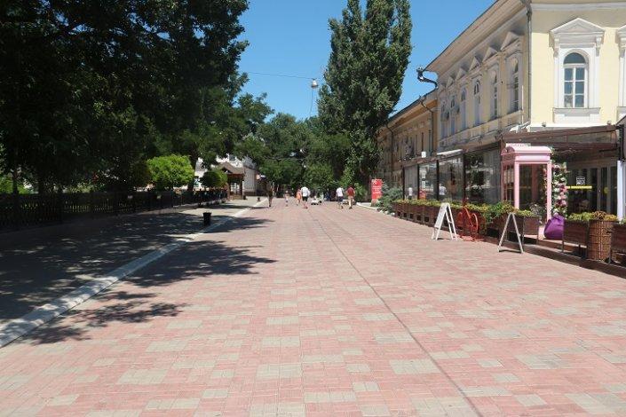 В Астрахани внедрят единый дизайн-код для наружной рекламы