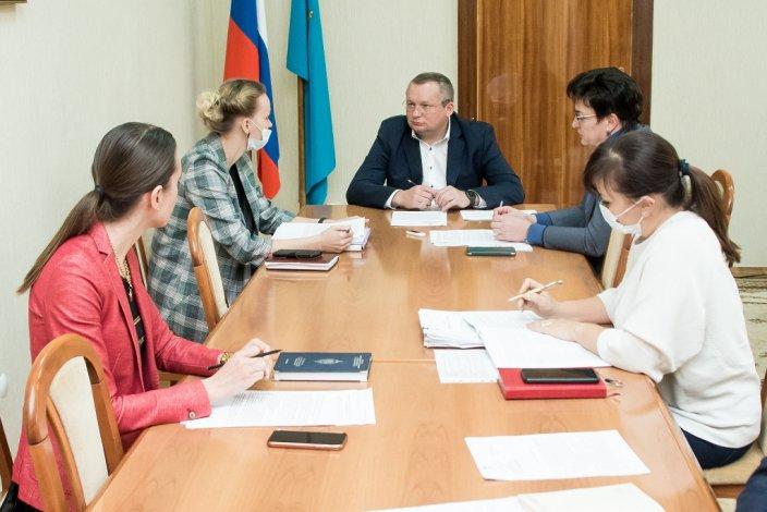 Депутаты готовят обращение о создании федерального регистра «Ветеранов труда»