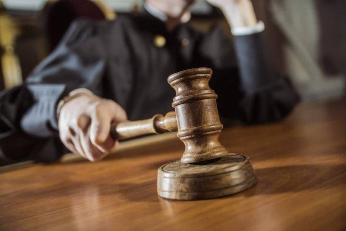 Уголовное дело замдиректора астраханского Фонда капремонта слушается в суде