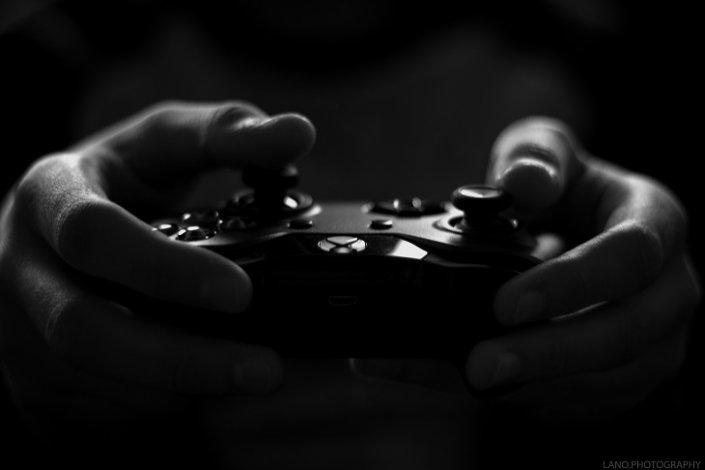 Местный геймер и москвичка ответят за кражу в астраханском магазине