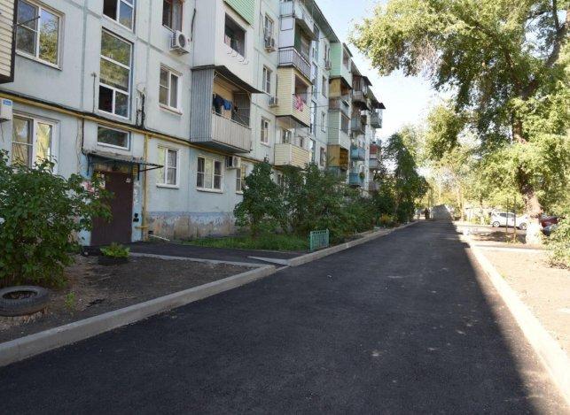 Астраханские дворы становятся лучше