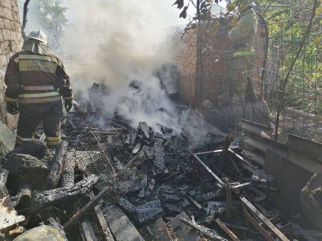 Астраханский курильщик пострадал на пожаре