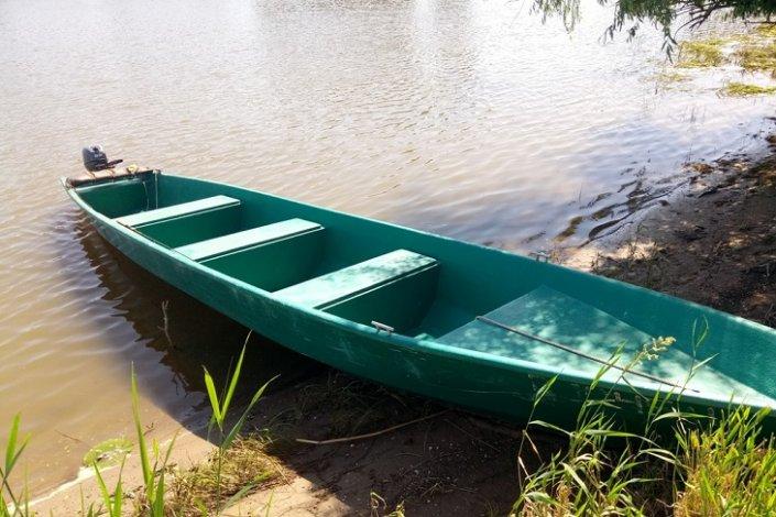 У должников арестуют лодки