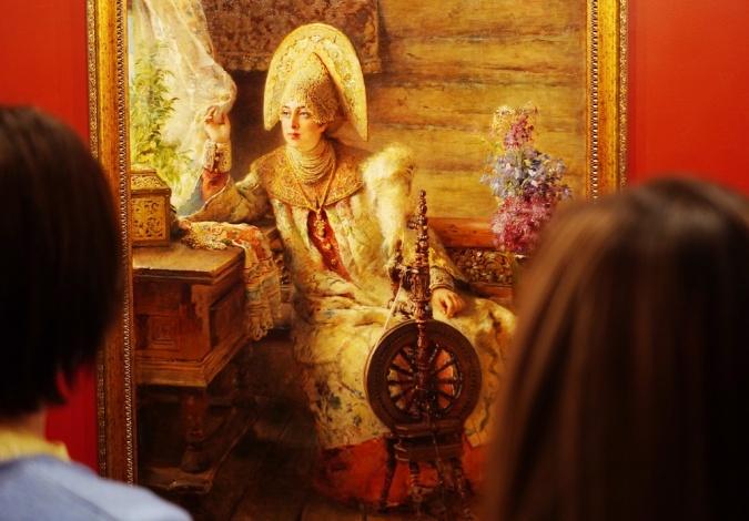 В Астрахани представлены шедевры русской живописи