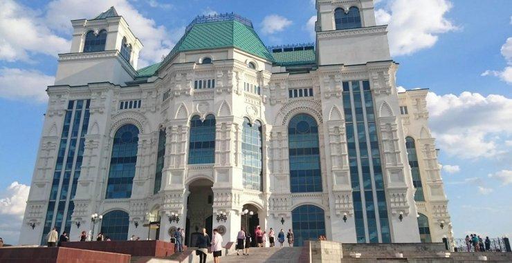 Астраханский театр оперы и балета закрылся на карантин