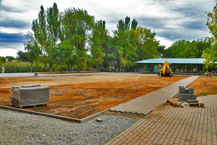 До конца года в Астрахани реконструируют Парк Ленина